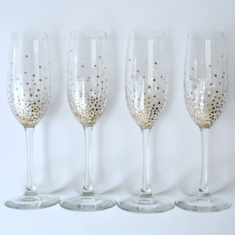 DIY Gold Dot Champagne FlutesLulus.com Fashion Blog