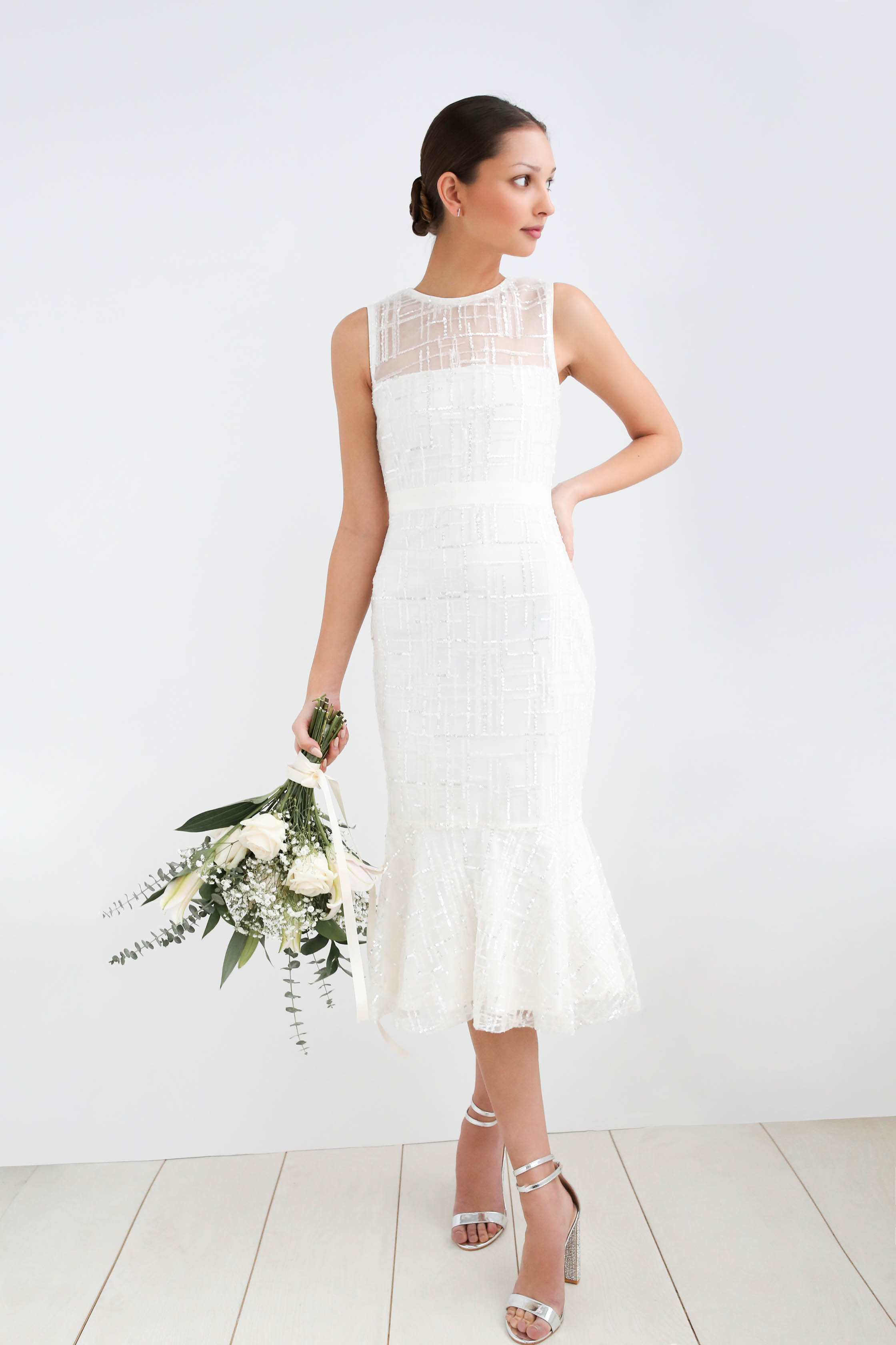 wedding looks for every budget - civil chic