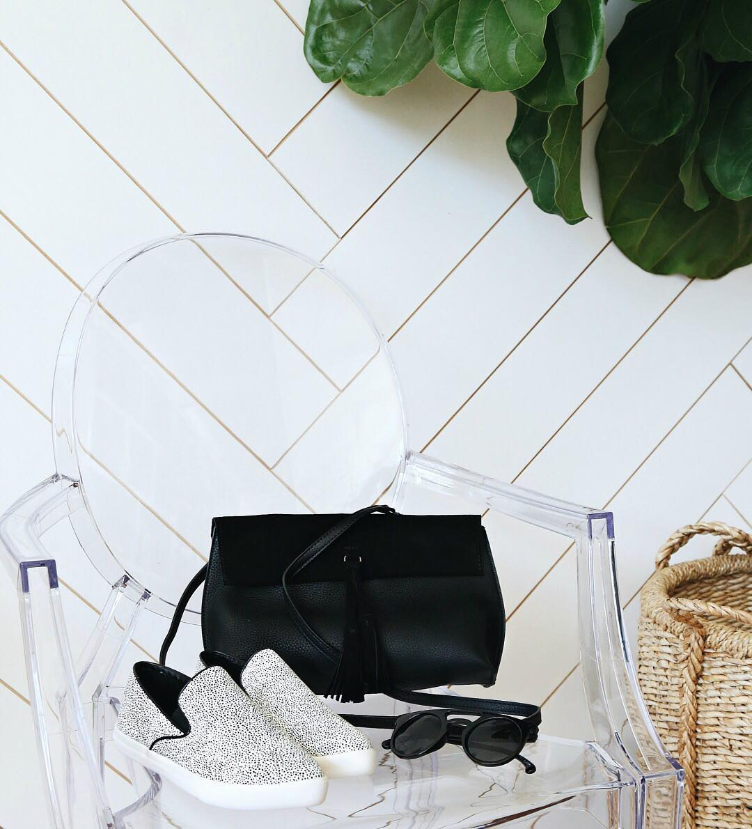 Lulus Black Handbag