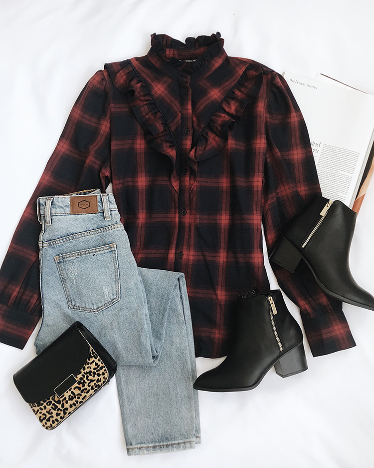 plaid outfit for fall pumpkin patch trip