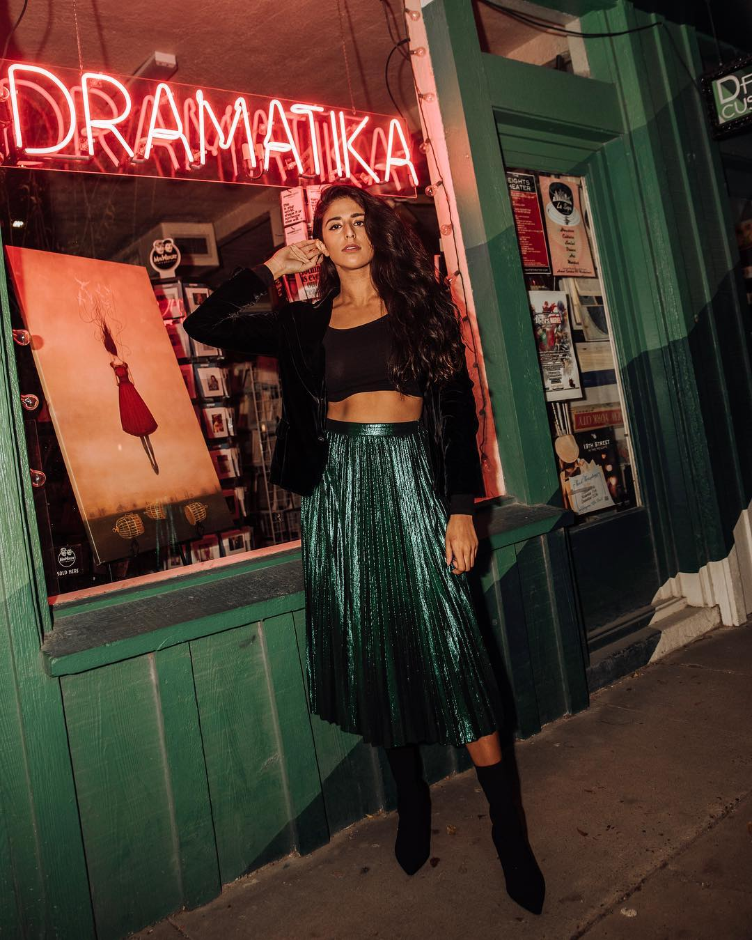 metallic skirt to add sparkly to your outfit