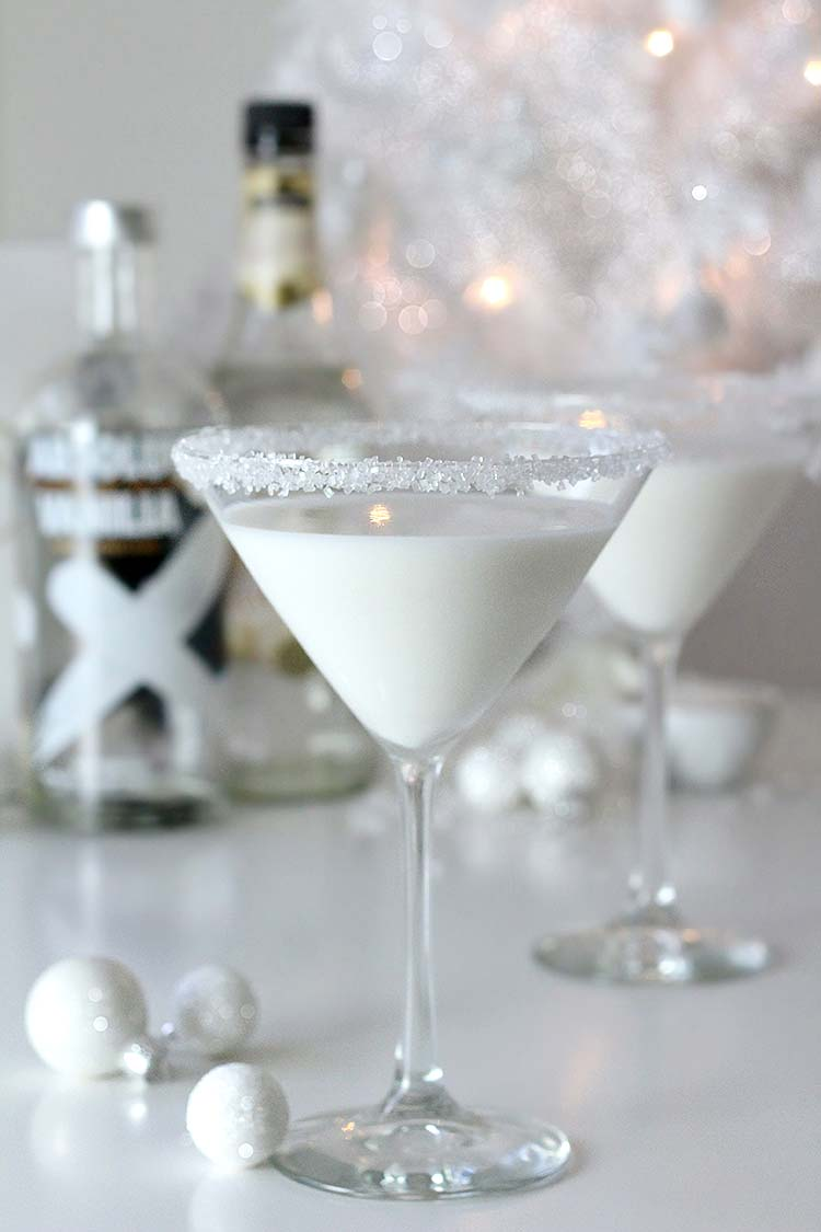 White Chocolate Snowflake Martini Lulus Com Fashion Blog
