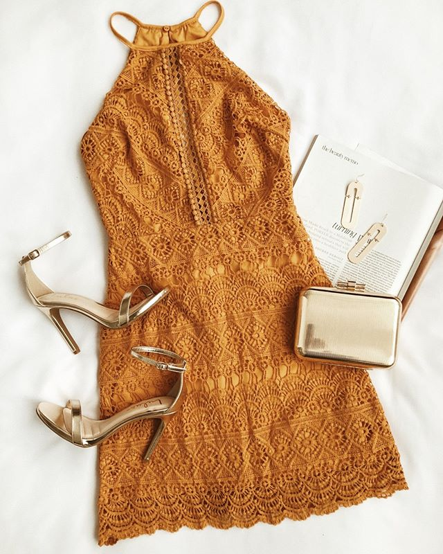 46798636c707d Subtle Ways to Add Sparkle to Your Outfit (Without Going Overboard ...