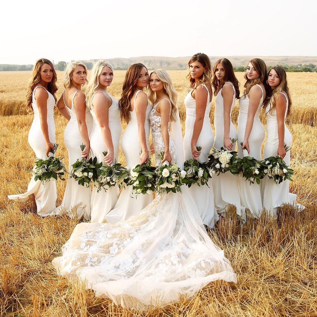 ea1c35cf93b 7 Bridal Parties That Will Make You Fall in Love With the White ...