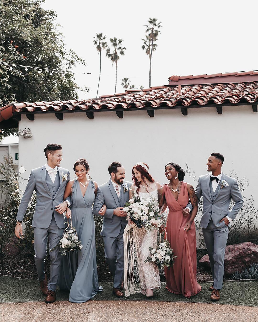50ca33a31b 7 Vintage Wedding Theme Colors That Will Look Totally Timeless on ...